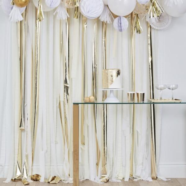 gold_curtain_1