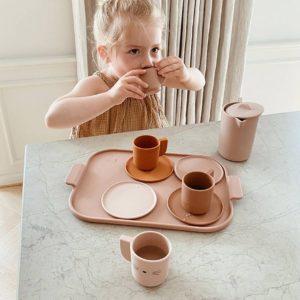 liewood-ophelia-tea-set-rose-multi-mix-lifestyle_1200x1200