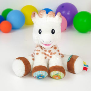 230806_-_Touch_and_play_music_plush_Sophie_la_girafe-small__1_