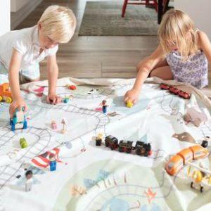 PlayGo_train-kids-playing1_685a4539-ebff-41b0-a826-a2367528924d_large