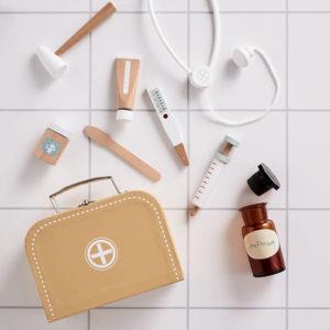 kids-concept-kids-concept-doctors-bag-doctors-play-1