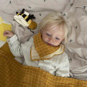 fabelab-baby-blanket-grid-ochre_2_grande