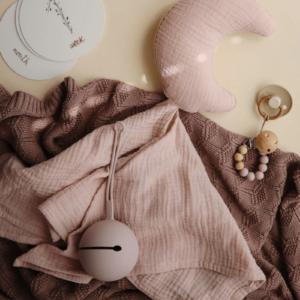 Lovey-Blanket-primrose-Mushie-Little-Gatherer-4_800x